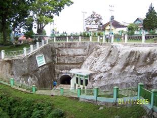lubang jepang - panorama - bukit tinggi